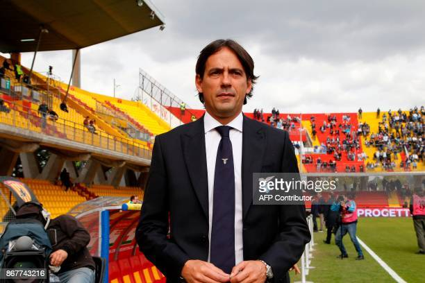 Lazio's Italian coach Simone Inzaghi looks on before the Italian Serie a football match Benevento Calcio vs SS Lazio on october 29 2017 at the Ciro...
