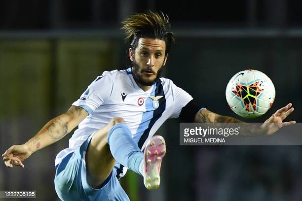 Lazio's Spanish midfielder Luis Alberto controls the ball during the Italian Serie A football match Atalanta vs Lazio played on June 24, 2020 behind...