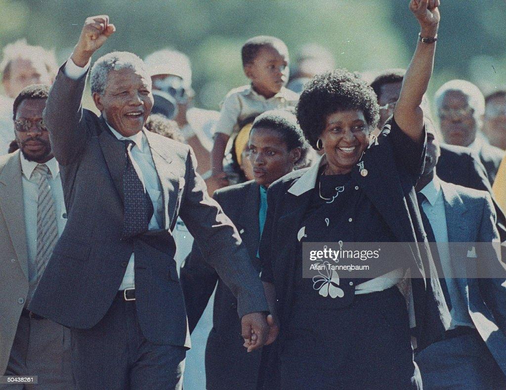 Nelson R. Mandela [& Wife];Winnie Mandela : Nachrichtenfoto