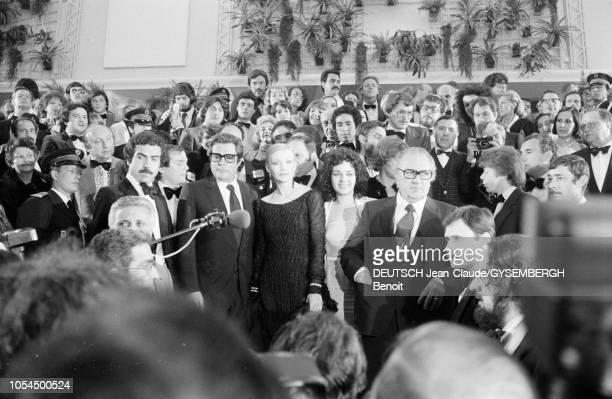 Le 33ème Festival de Cannes se déroule du 9 au 23 mai 1980 Marcello MASTROIANNI acteur italien Anna PRUCNAL actrice française Federico FELLINI...