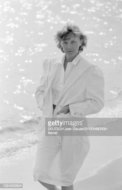 Le 33ème Festival de Cannes se déroule du 9 au 23 mai 1980 Portrait d'Aurore CLEMENT actrice française sur la plage de Cannes