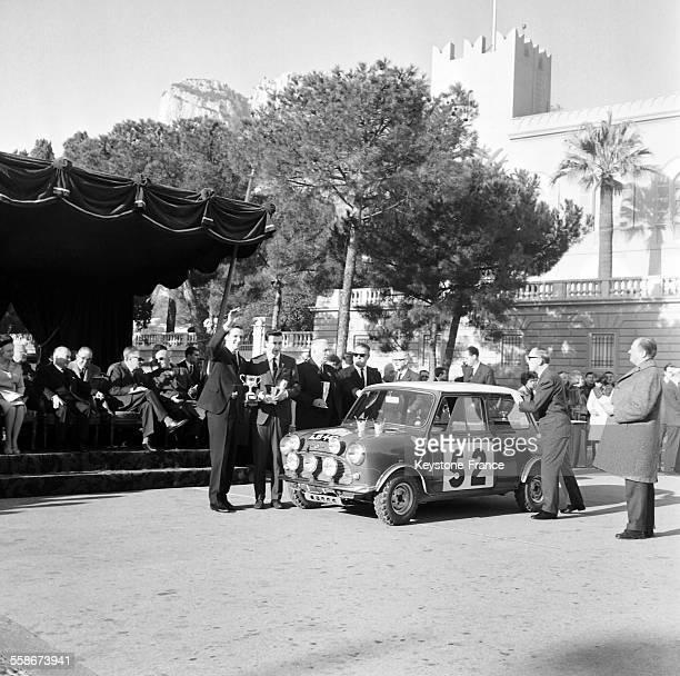 Le 34eme rallye de MonteCarlo se termine sur la victoire de Tomi Makinen et Paul Easter au classement general le 22 janvier 1965 a Monaco