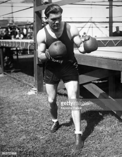 Le boxeur allemand Max Schmeling s'entraîne en prévision d'un match circa 1930 à Endicott NY