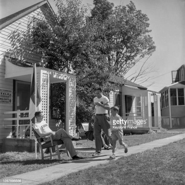 Le boxeur français Marcel Cerdan s'entrainant dans son hôtel de Loch Sheldrake avant son combat contre Tony Zale, le 6 septembre 1948, Etats-Unis.