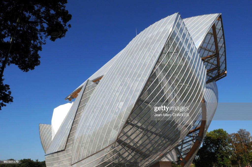 Le Batiment De La Fondation D Entreprise Louis Vuitton Dans Le News Photo Getty Images