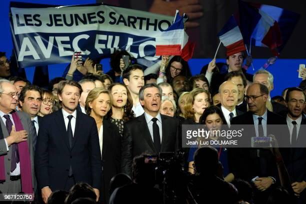 Le candidat LR François Fillon entouré de sa femme Pénélope Fillon Christian Jacob Valérie Pécresse François Baroin Nathalie Kosciusko Morizet...