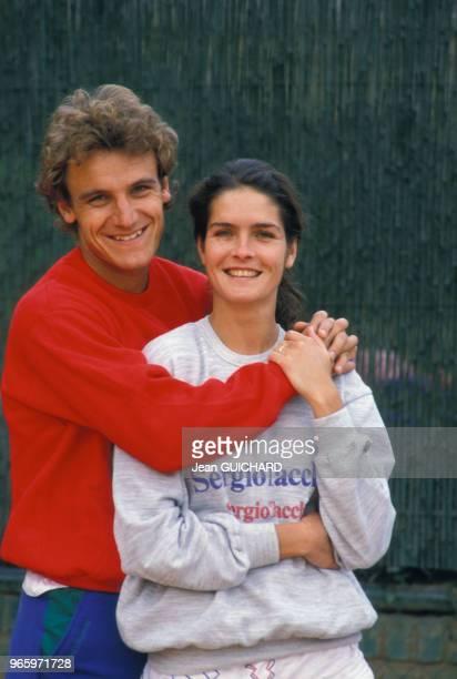 Le champion de tennis Mats Wilander et sa femme Sonya à Monaco le 29 avril 1987