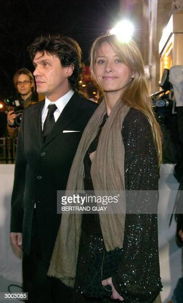 Le Chanteur Francais Marc Lavoine Pose Avec Sa Femme La Princesse News Photo Getty Images