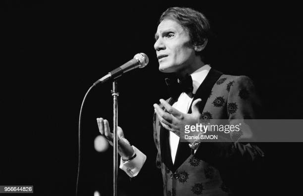 Le Chanteur Gyptien Abdel Halim Hafez Sur Scne 17 Septembre 1974 Paris France