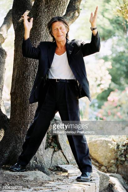 Le chanteur Jacques Dutronc chez lui à Monticello en Haute-Corse, France.