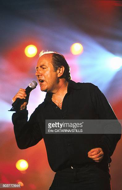 Le chanteur Michel Delpech aux Francofolies à La Rochelle France en juillet 1998