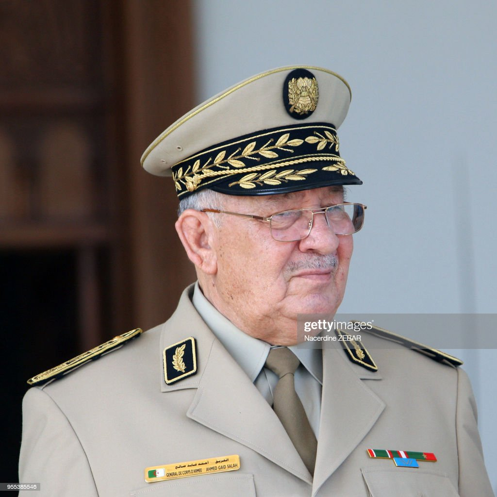Le chef d'état major algérien Ahmed Gaid Salah : News Photo
