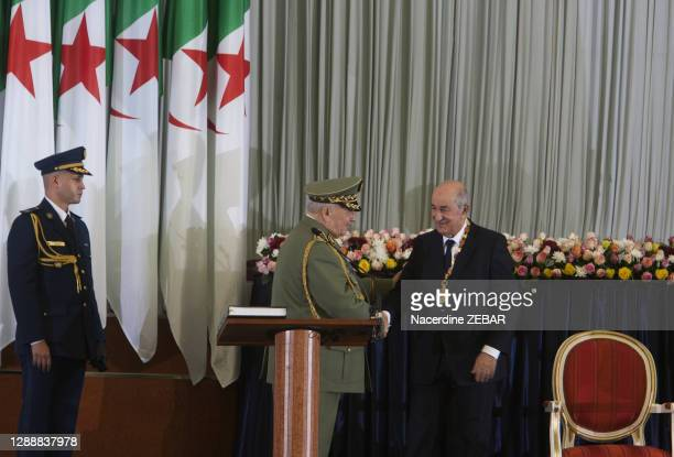 Le chef d'état major algérien le général Ahmed Gaïd Salah lors de la cérémonie où le nouveau président de la république algérienne Abdelmadjid...