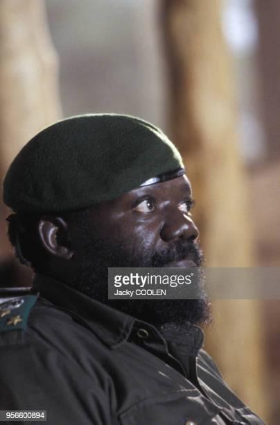 Le chef nationaliste et fondateur de l'UNITA Jonas Savimbi en février 1985 en Angola