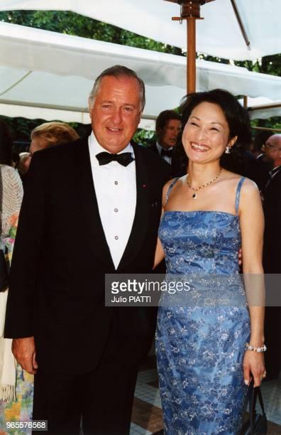 Le commissaire priseur Me Jacques Tajan et sa femme le 13 janvier 2000 à Paris France