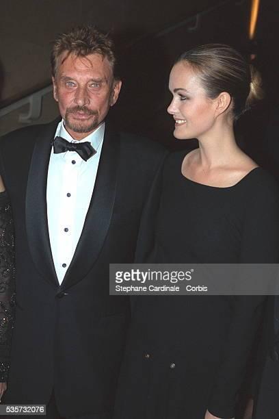 Le co-président de la soirée organisée au Palais de Chaillot au profit de la fondation Children of Africa, Johnny Hallyday avec son épouse Laeticia.