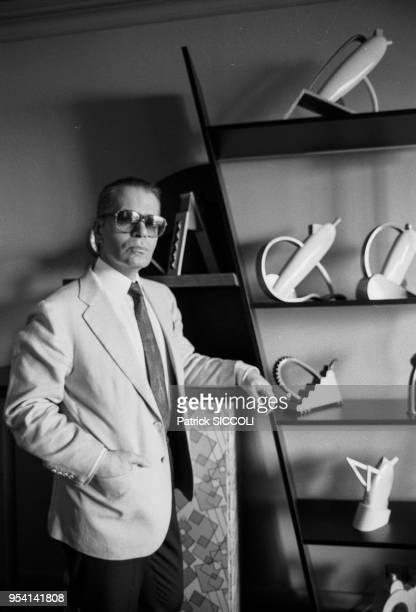 Le couturier et styliste Karl Lagerfeld dans sarésidence de Monaco en aout 1986 Monaco