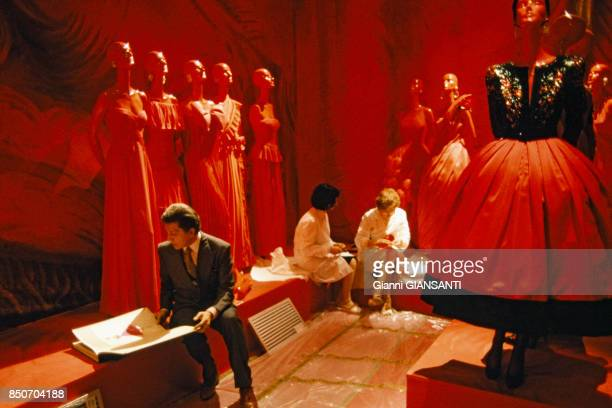 Le couturier italien Valentino Garavani à Rome lors de ses 30 ans de carrière le 28 mai 1991 Italie