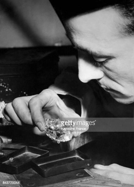 Le 'Cullinan' ou 'Great Star of Africa' le plus gros diamant brut qui orne la couronne de la Reine d'Angleterre à Londres RoyaumeUni en mars 1953
