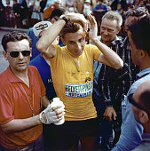 Le cycliste franais jacques anquetil pendant le tour de france 1962 picture id833373846?s=170x170