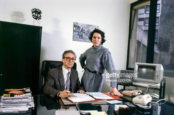 Le directeur de l'agence Gamma Jean Monteux et la directrice financière Nicole Benoit en mars 1987 à Paris France