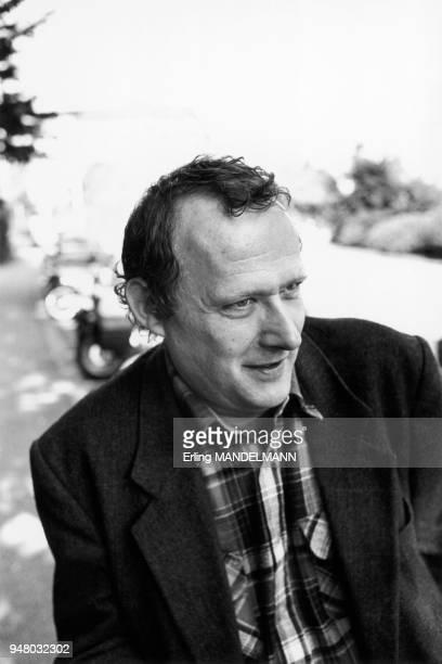 Le député directeur de publication de la Gazeta Wyborcza et ancien du syndicat SOLIDARINOSC Adam MICHNIK en Pologne fin 1991 Le député directeur de...