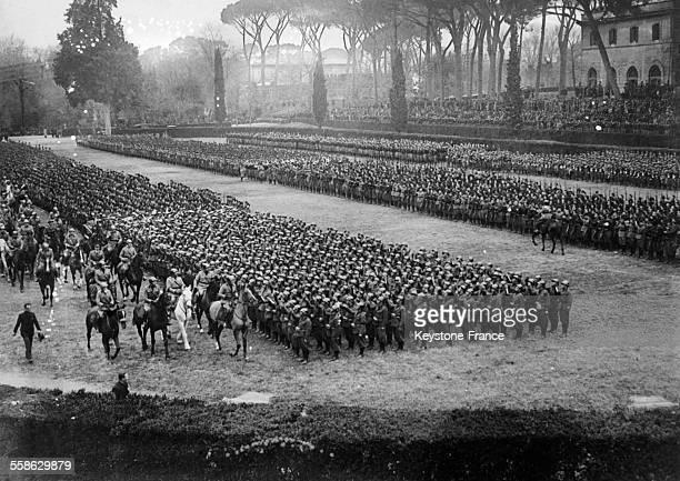 Le Duce, Benito Mussolini, passe en revue la milice fasciste, le 3 fevrier 1934 a Rome, Italie.