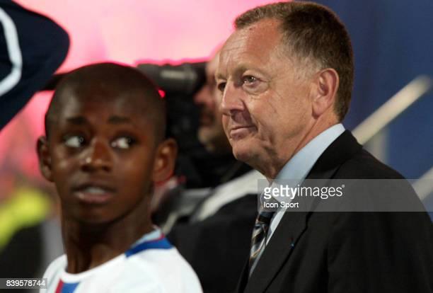 Le fils de Marc Vivien FOE et Jean Michel AULAS Lyon / Le Mans 38eme journee de Ligue 1