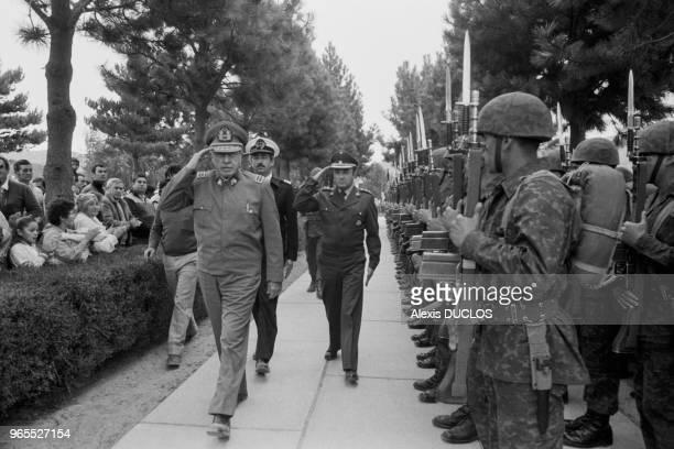 Le général Augusto Pinochet lors de l'inauguration de la route Australe à Puerto Montt le 16 mars 1988, Chili.