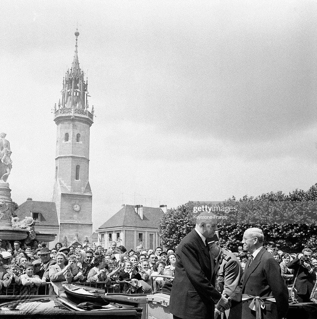 Le général de Gaulle à Evreux : Photo d'actualité