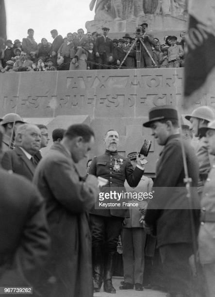 Le général Gouraud inaugure l'Ossuaire de Champagne érigé à la mémoire des soldats morts pendant la Première guerre mondiale dans le département de...