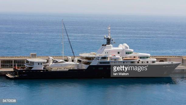 24 Le Grand Bleu Yacht Pictures Photos Images Getty Images
