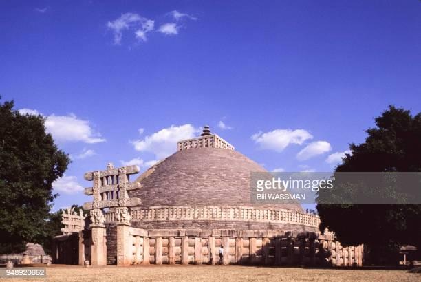 Le grand stupa de Sânchî en janvier 1997 Inde