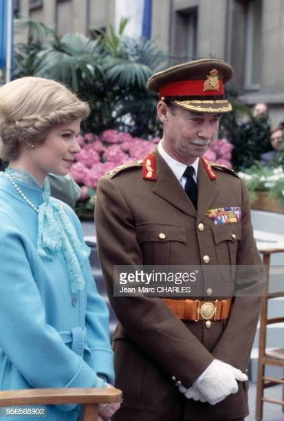 Le grandduc Jean de Luxembourg et sa fille MarieAstrid de Luxembourg lors d'une cérémonie à Luxembourg en mai 1978 Luxembourg