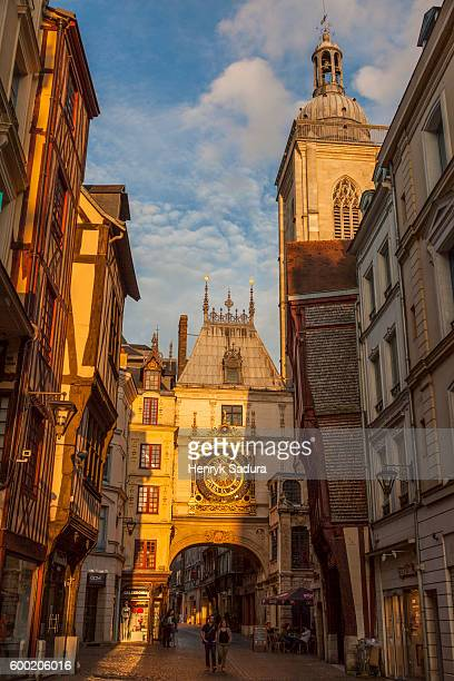 le gros horloge in rouen - rouen stock pictures, royalty-free photos & images