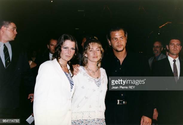 Le groupe pop suédois Ace of Base lors d'une soirée le 3 mai 1995 à Monaco