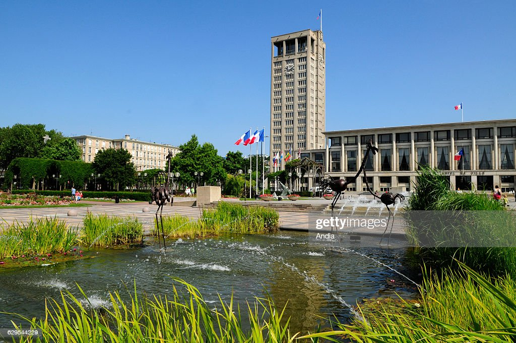 Le Havre (76), City Hall Square. The Town Centre, Rebuilt During