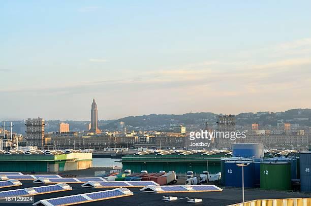 Le Havre-Skyline in der Abenddämmerung