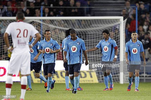 Le Havre's Cap Verdian forward Ryan Mendes celebrate his goal with his teamates during their friendly football match Le Havre vs Lille on July 12 at...