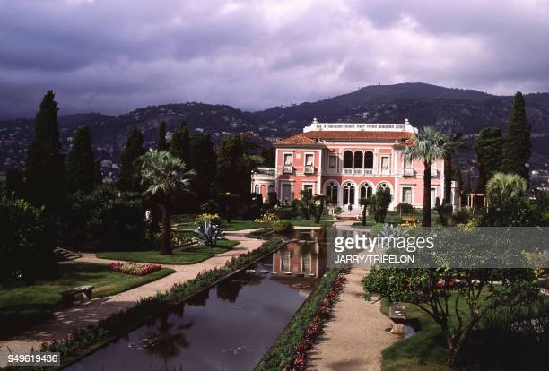Le jardin de la villa Ephrussi de Rothschild à SaintJeanCapFerrat dans les AlpesMaritimes France
