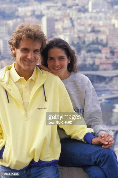 Le joueur de tennis Mats Wilander avec son épouse Sonya le 29 avril 1987 à Monaco