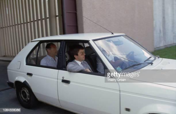 Le juge Lambert sort de la prison de Metz où il a rencontré l'avocat de Christine Villemin