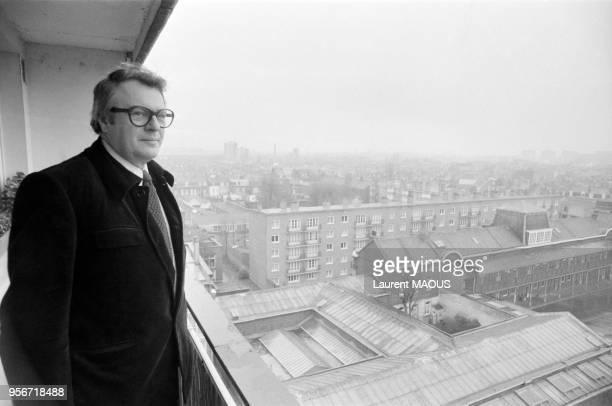 Le maire de Lille Pierre Mauroy en décembre 1977 France