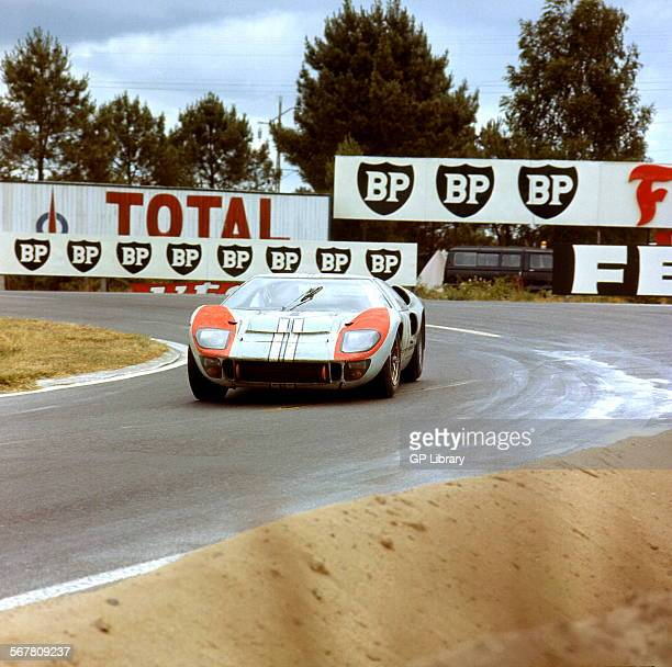 Le Mans 24 Hours 19th June 1966 Ken Miles/Denis Hulme Ford GT40 MkII finished 2nd