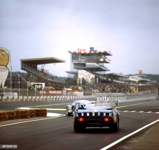 Le Mans alpineRenault comb tail Ford Chicane