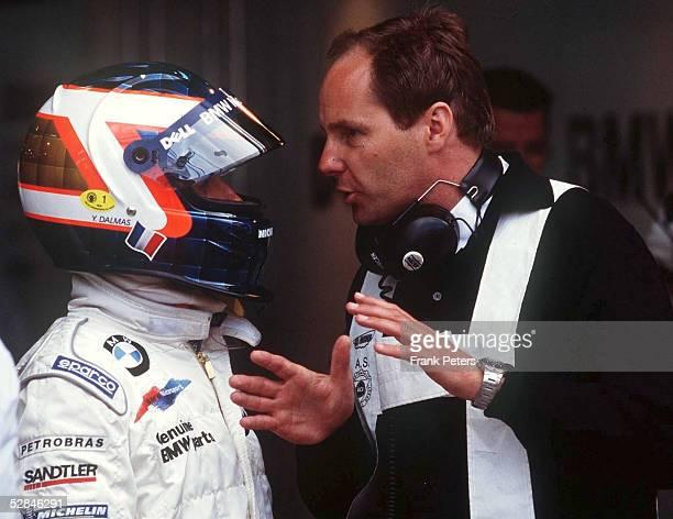 Le Mans Fahrer Yannick DALMAS/FRA und Gerhard BERGER/Teamchef BMW