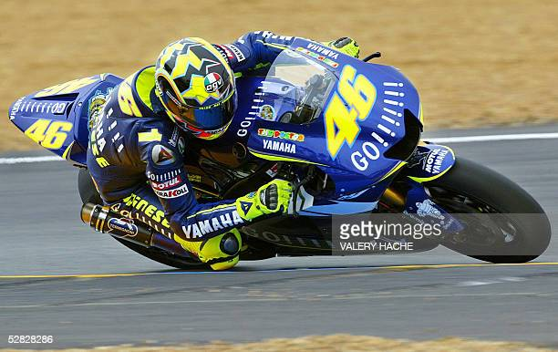 Italy's Valentino Rossi rides on his Yamaha during the MotoGP French Grand Prix 15 May 2005 in Le Mans. He won the race. AFP PHOTO VALERY HACHE