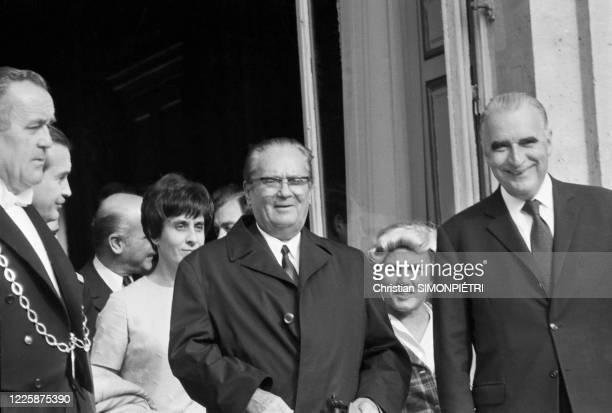 Le Maréchal Tito en entretient à Paris avec George Pompidou