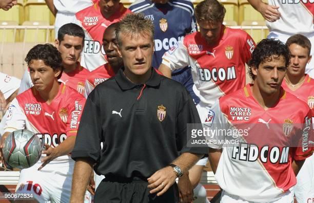 le milieu de terrain argentin Marcelo Gallardo l'entraîneur Didier Deschamps le milieu de terrain Ludovic Giuly les défenseurs Julien Rodriguez...