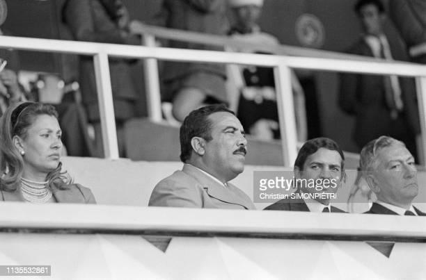 Le ministre d'Etat algérien Cherif Bel Kassem et le ministre algérien des Affaires étrangères Abdelaziz Bouteflika lors de la fête d'indépendance de...